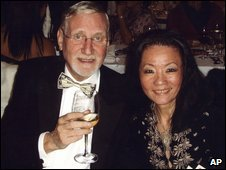 Hugh Van Es and his wife, Annie (31 December 2008)