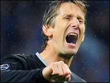Manchester United's record-breaking goalkeeper Edwin van der Sar