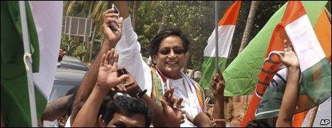 Shashi Tharoor celebrates