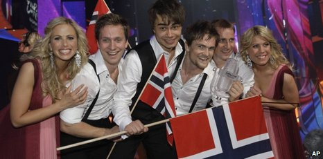 Alexander Ryback and the Norweigan Eurovision team