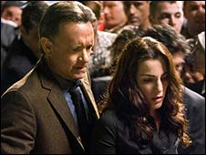 Tom Hanks and Ayelet Zurer in Angels and Demons