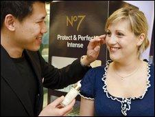 Customer tries Protect & Perfect Intense beauty serum