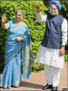 Prime Minister Manmohan Singh with his wife
