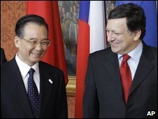 Chinese Premier Wen Jiabao and European Commission chief Jose Manuel Barroso