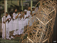 Guantanamo Bay detainees at prayer