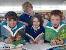 Primary pupils reading books