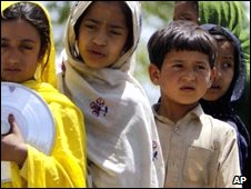 Displaced children in Pakistan