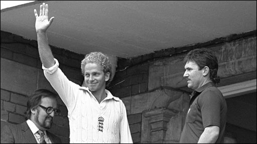 David Gower and Allan Border after England win the 1985 Ashes series