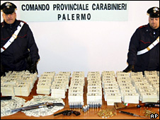 Money recovered from the raid in Sicily (21 May 2009)