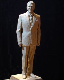 Artist's impression of Ronald Reagan statue