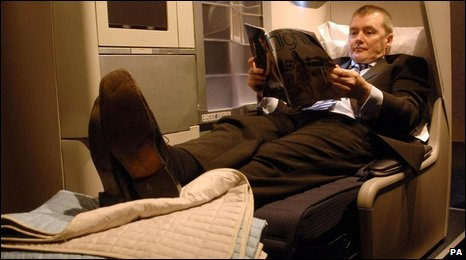 BA's Willie Walsh samples a business class bed