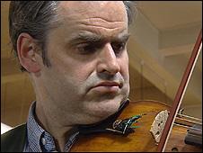 Steve Burnett playing the violin