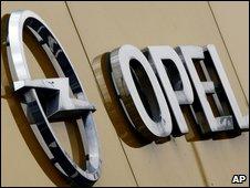 Opel sign