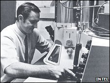 Craig Barrett in a lab in 1970