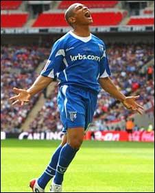 Simeon Jackson sent Gills back to League One
