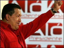 Hugo Chavez salutes during Alo Presidente