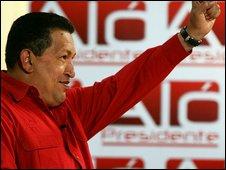 Hugo Chavez salutes during Alo Presidente