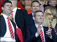 Sunderland chairman Niall Quinn (left) and majority shareholder Ellis Short