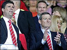 Sunderland chairman Niall Quinn (left) and majority shareholder Ellis Short