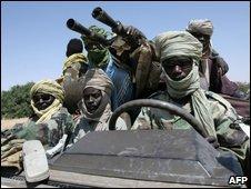 Jem rebels along the Sudan-Chad border in 2007
