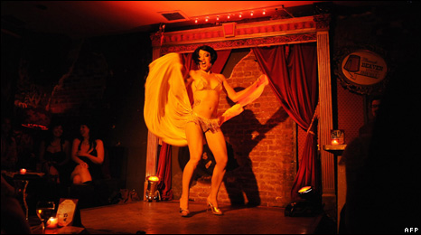 Peekaboo Pontani at the Sixth Annual New York Burlesque Festival in 2008