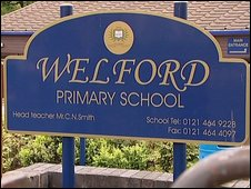 Welford Primary School sign