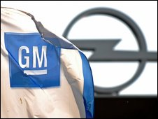 GM and Opel signs