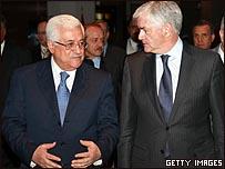 عباس ووزير الخارجية الكندي