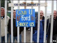 Workers protest at Visteon's Belfast factory