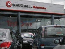 Vauxhall dealership in Luton