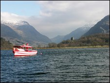 Llyn Padarn, looking towards Snowdon and the Llanberis Pass