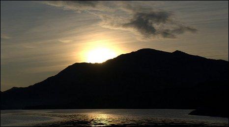Llyn Padarn at dawn