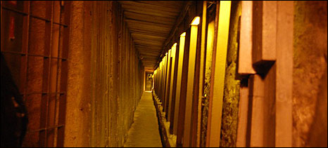 Tunnel under Temple Mount/Noble Sanctuary (photo: Tim Franks)