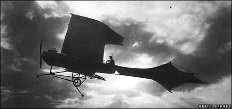 Hubert Latham in his plane