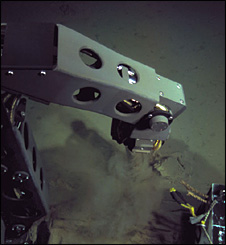 Nereus robotic arm (WHOI)