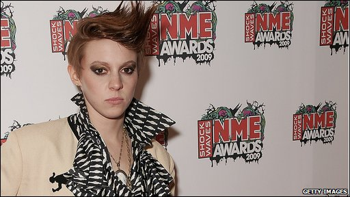 La Roux singer at NME Awards