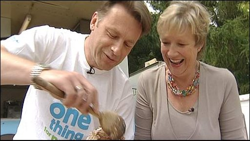 Chris Packham and Carol Bundock