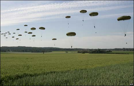 Parachutists mark D-Day annniversary