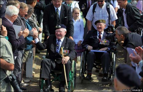 Veterans welcomed by locals in Normandy