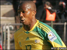 South Africa's Thembinkosi Fanteni