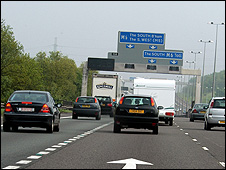 Cars on UK motorway (file pic)