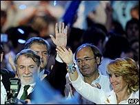 قادة المعارضة الاسبانية يحتفلون بالفوز