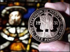 Henry VIII memorial coin