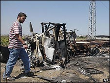 Wreckage from clash on Gaza border 08.06.09