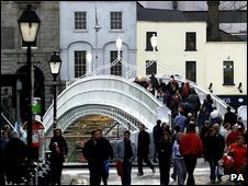 Dublin's Hapenny Bridge, which cross the river Liffey
