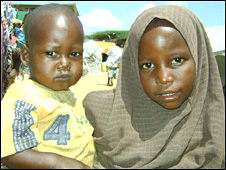 Internally-displaced children in a Mogadishu refugee camp