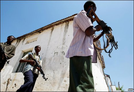 Fierce street battles have trapped Mogadishu residents in their homes