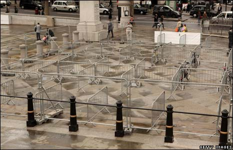 Empty bike racks in Trafalgar Square