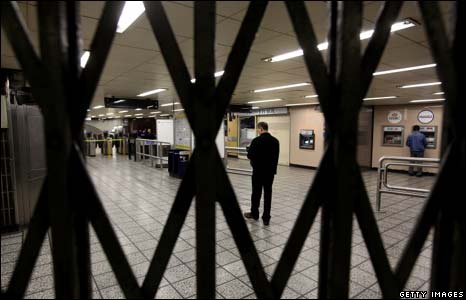 Vauxhall Tube station closed due to the strike