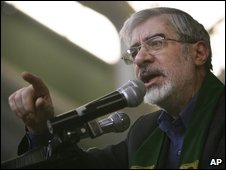 Reformist candidate Mir Hossein Mousavi
